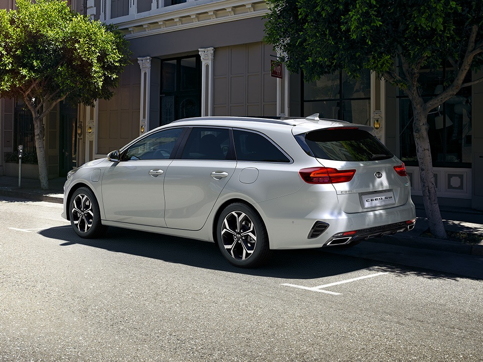 kia-cd-wgn-phev-my20-cleanlines