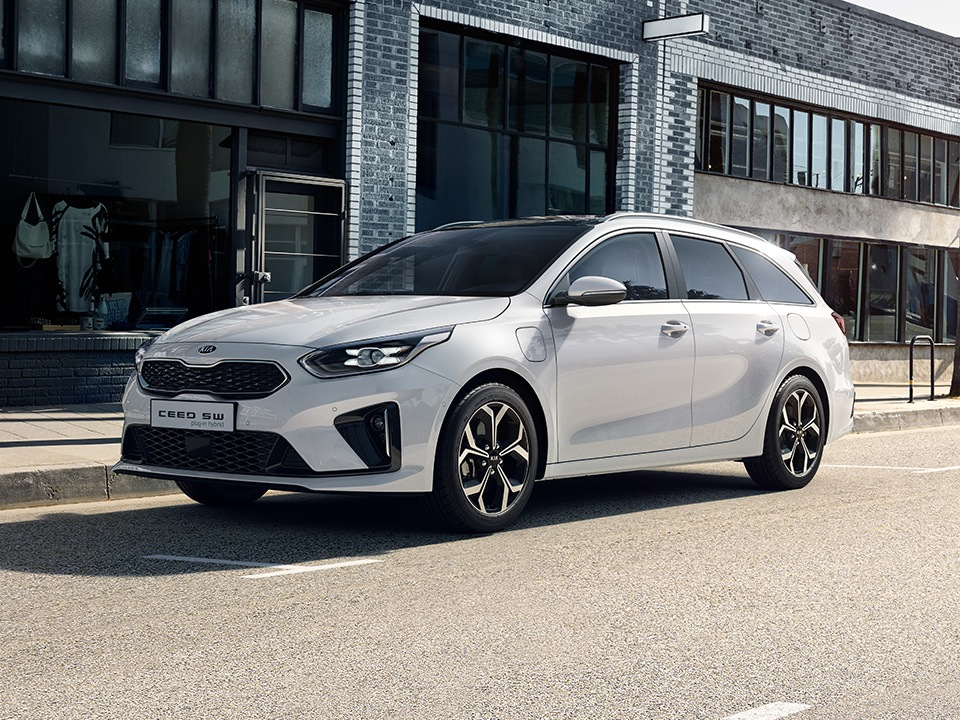 kia-cd-wgn-phev-my20-design